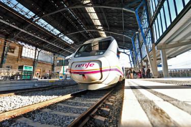 Viaje de prueba del Avant 121 entre A Coruña y Ourense