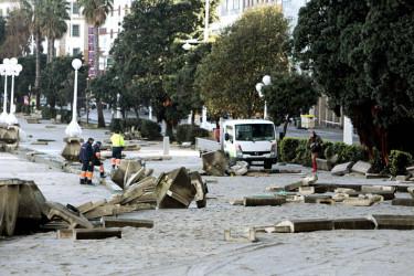 El temporal destroza decenas de metros del paseo marítimo de A Coruña