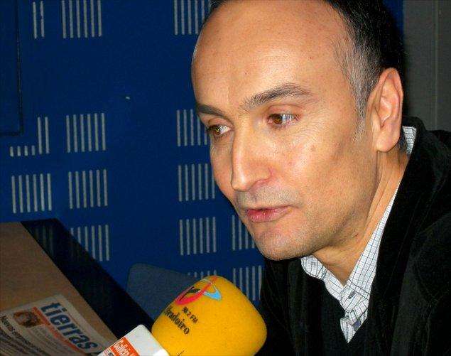 Xos� Luis Garc�a, nunha imaxe de arquivo en Radio Obradoiro - FOTO: RO