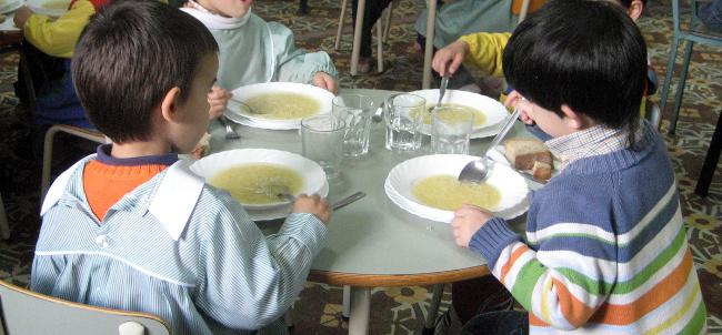 A pol mica sobre o cobro nos comedores escolares da xunta - Comedores escolares xunta ...