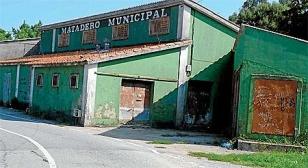 Antiguo matadero de Ribeira, cerrado desde 2006.  - FOTO: Suso Souto