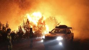 Un incendio forestal registrado en el municipio de Padr�n, concretamente en la parroquia de Carcac�a, ha mantenido en vilo a los vecinos - FOTO: Sxenick