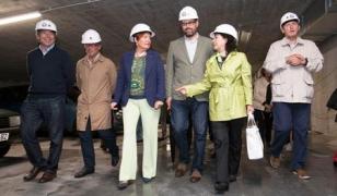 Visita de la conselleira de Sanidad y del alcalde de Santiago a las obras del nuevo centro de salud de Galeras - FOTO: CDS