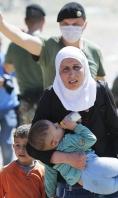 Refugiados en la frontera Macedonia-Grecia. - FOTO: Efe