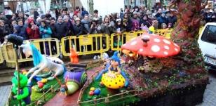 Desfile de carrozas en Carballo - FOTO: CG