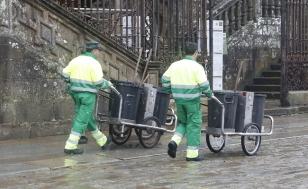 Traballadores de Urbaser no Obradoiro - FOTO: Antonio Hern�ndez