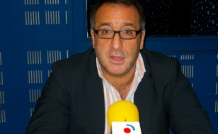 Javier L�pez, este xoves durante a entrevista de Caix�n de sastre - FOTO: R.O.