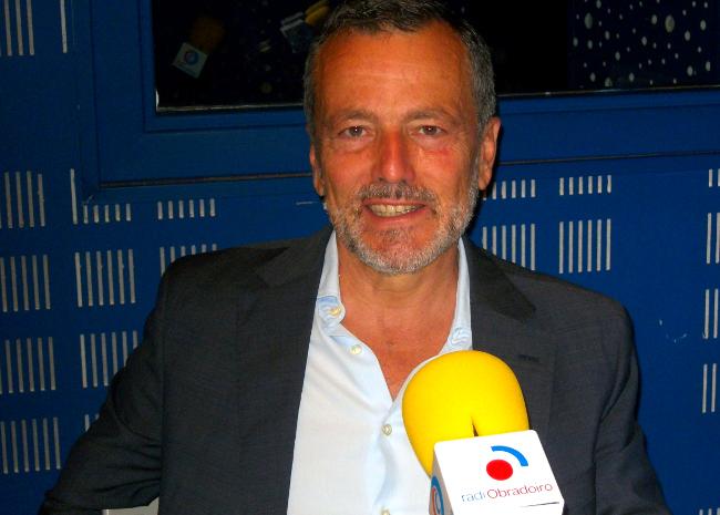 O portavoz do PP, Agust�n Hern�ndez, durante a entrevista en Radio Obradoiro - FOTO: R.O.