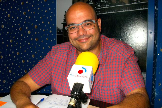 Rub�n Cela, portavoz do BNG en Santiago, este m�rcores en Radio Obradoiro - FOTO: R.O.