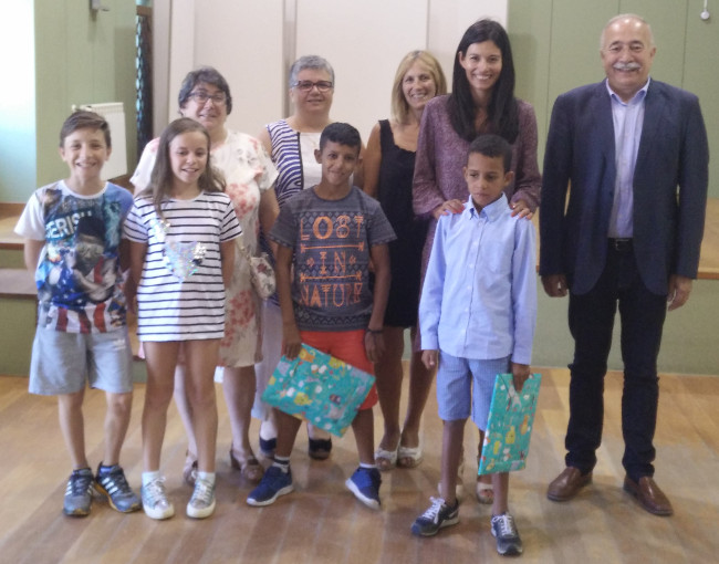 As familias e os nenos co alcalde - FOTO: N�s Comunicaci�n