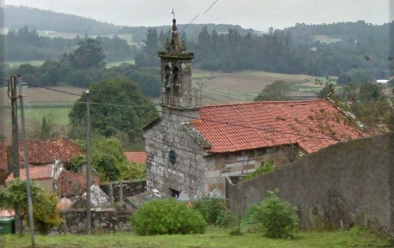 Templo parroquial de la localidad valdubresa de Paramos.  - FOTO: C.G.
