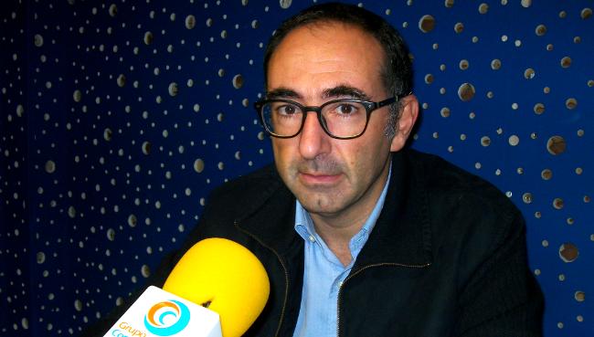Alejandro S�nchez-Brunete nos estudios de Radio Obradoiro - FOTO: R.O.