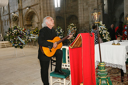 Ofrenda a Rosalía de Castro